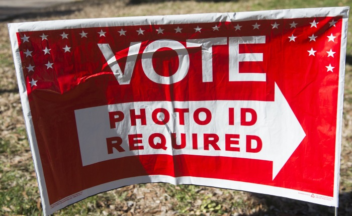 ONE MILLION INELIGIBLE VOTERS REGISTERED IN CALIFORNIA